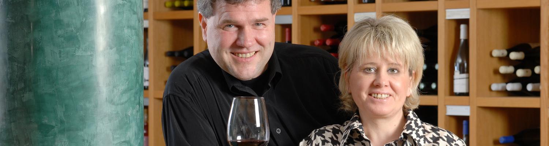 Wein und mehr gibt es im Weinhaus Kühnel
